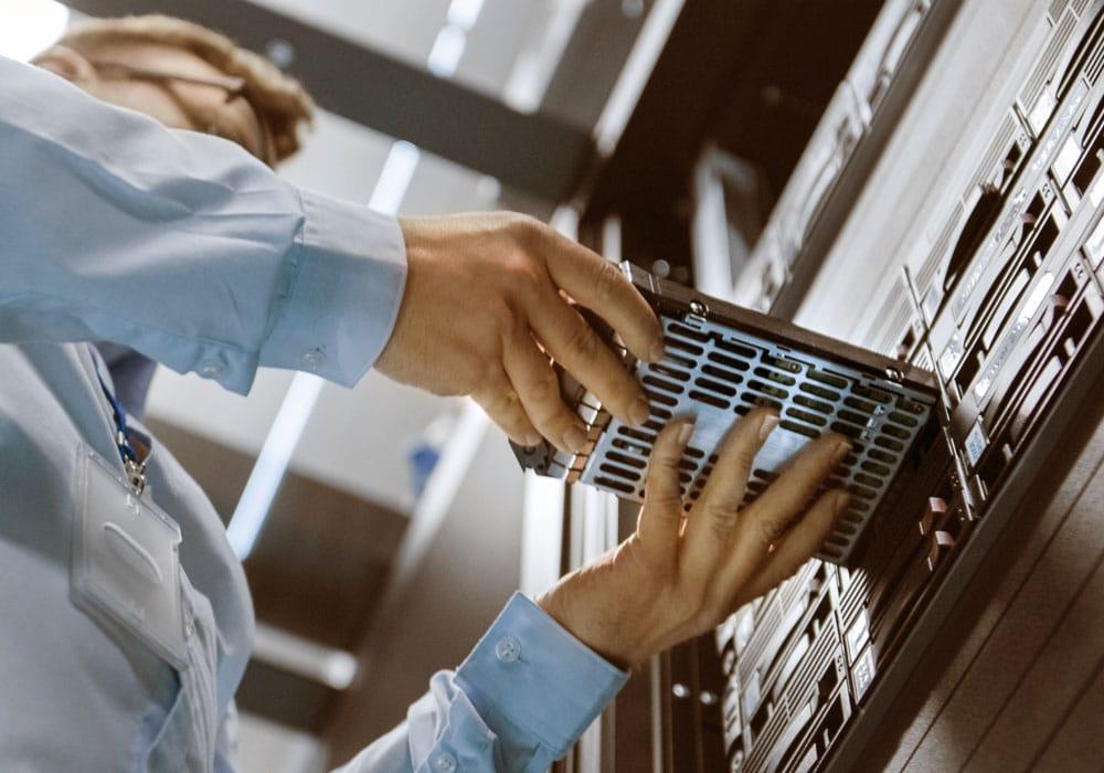 CMS ADMINS Hosting Server
